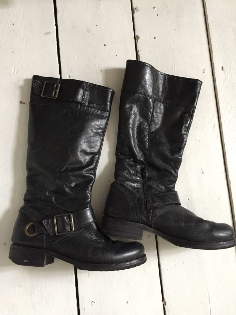 View Biker Style Boots Pictures